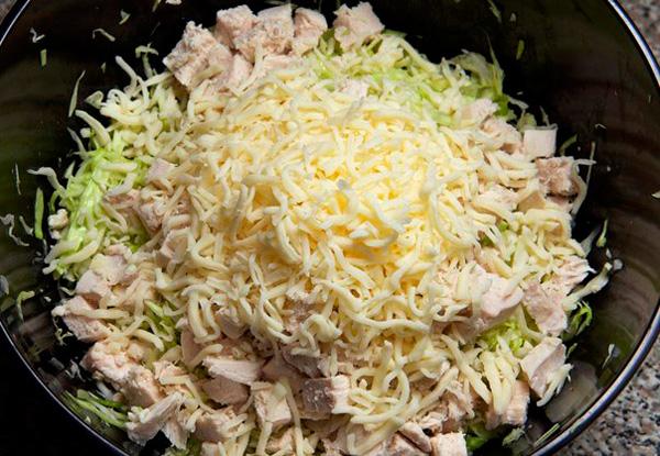 Какой салат можно сделать из куриной грудки